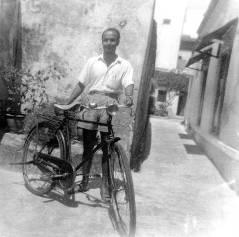 chinmoy_with_bicycle.jpg